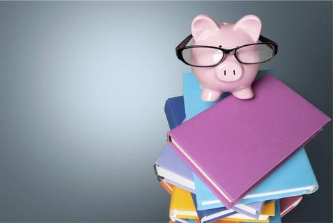 Top-Five-Finance-Books-CocoandCowe