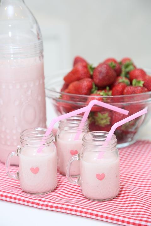 roasted strawberry almond milk