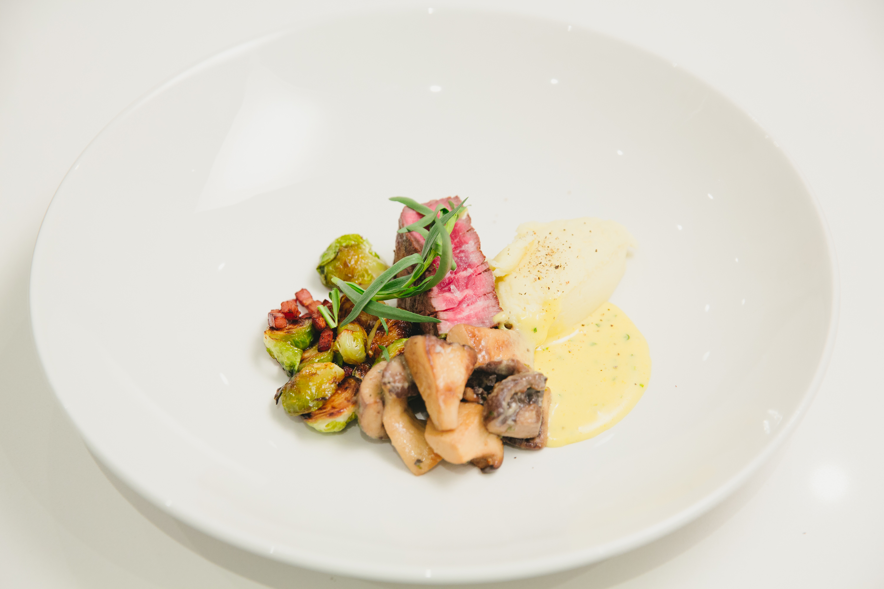Making The Perfect Bearnaise Sauce with Chef Romain Avril of Lavelle